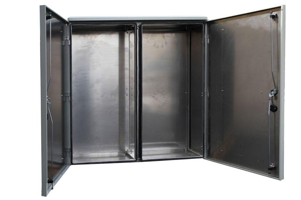 Dubbelvaggiga-Aluminiumskap-1200x1200x400-oppen