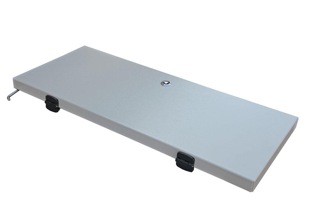 Toppmonterad-lucka-for-sockel-med-ram-till-dubbelvaggiga-aluminiumsskap-bredd600mm